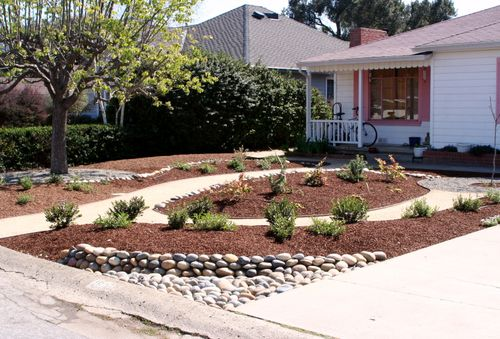 Mom's yard finished 2