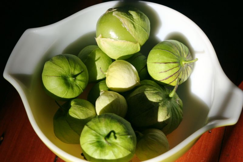 Tomatillos in bowl
