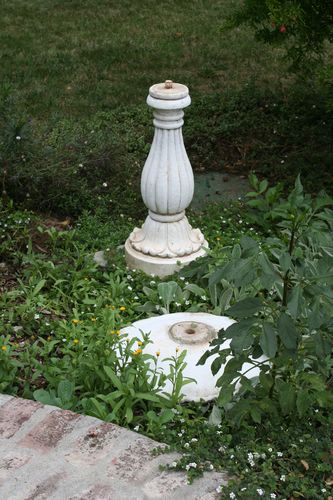 Willie bird bath