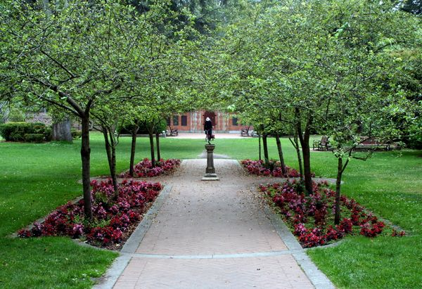 The Gardeners Anonymous Blog Shakespeare Garden