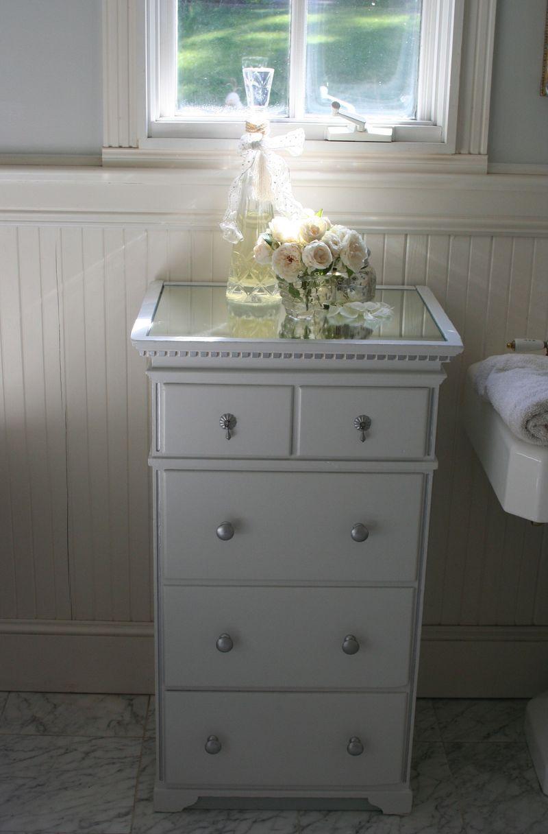 Bath after dresser