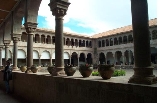 Cuzco_garden_13