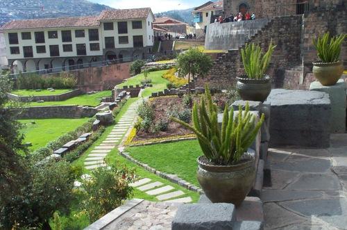 Cuzco_garden_5