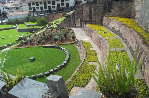 Cuzco_garden_8
