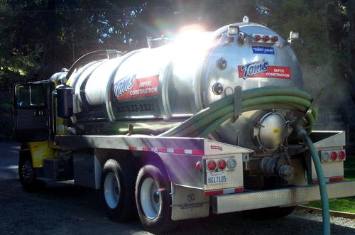 Septic_tank_truck
